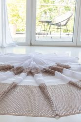 Kész függöny hófehér alapon dupla barna mintás 300x250cm