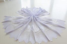 Kész függőny hófehér alapon fehér parketta mintás 300x180cm