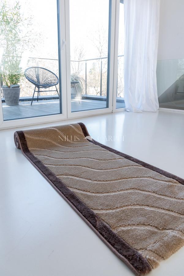 Futó méterben hullámos beige brown (bézs barna) Gumis aljal 80cm széles minöségi szőnyeg