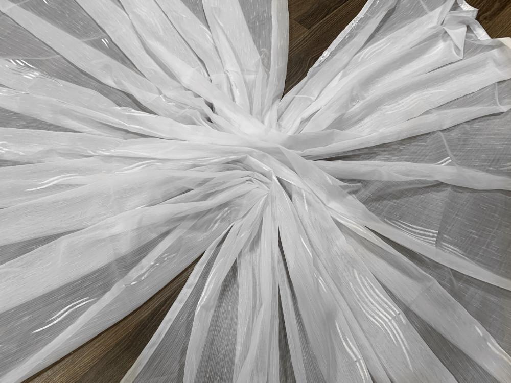 Kész függöny luxury fehér alapon ezüst hullámos 500x260cm