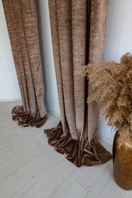 Shayenne Luxury Készre varrt bársony sötétítő függöny Light Brown ( Barna )  2db 250x270cm