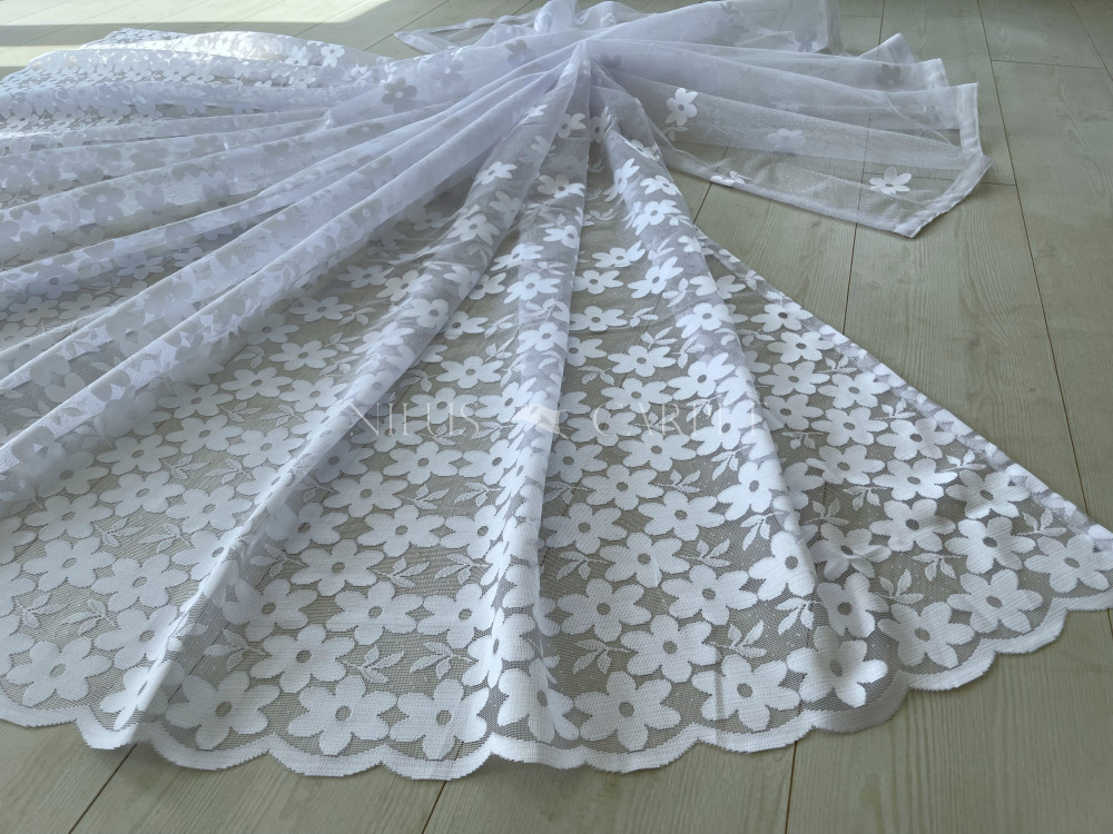 Kész függöny hófehér alapon új White Flower mintás 300x250cm